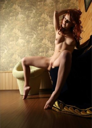 Claudine escort girl