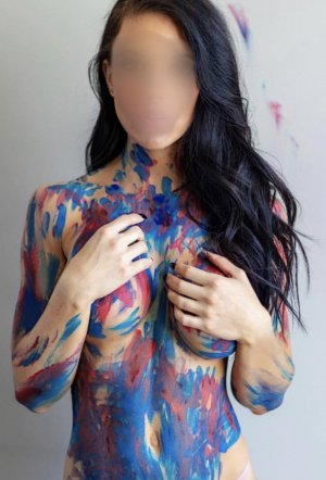 Kalyah escort girl