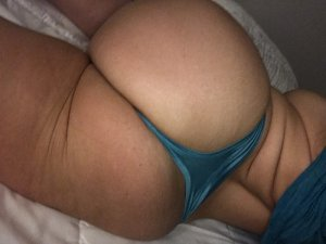 Debby escort girl in Highlands Ranch CO