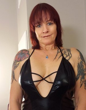 Emmannuelle call girl in Monterey CA