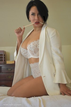 Anthia escort in East Lansing MI